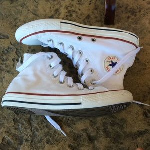 Converse White Hightops YOUTH